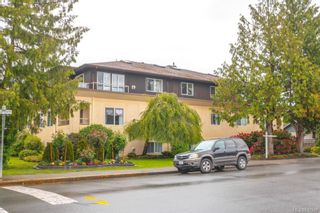 Photo 2: 301 9993 Fourth St in Sidney: Si Sidney North-East Condo for sale : MLS®# 840246