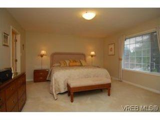 Photo 10: 8623 Minstrel Pl in NORTH SAANICH: NS Dean Park House for sale (North Saanich)  : MLS®# 497902