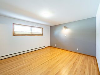 Photo 13: 17 Melville Place SW in Calgary: Mayfair Detached for sale : MLS®# A1083727