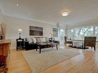 Photo 11: 1957 Hampshire Rd in : OB North Oak Bay House for sale (Oak Bay)  : MLS®# 878624