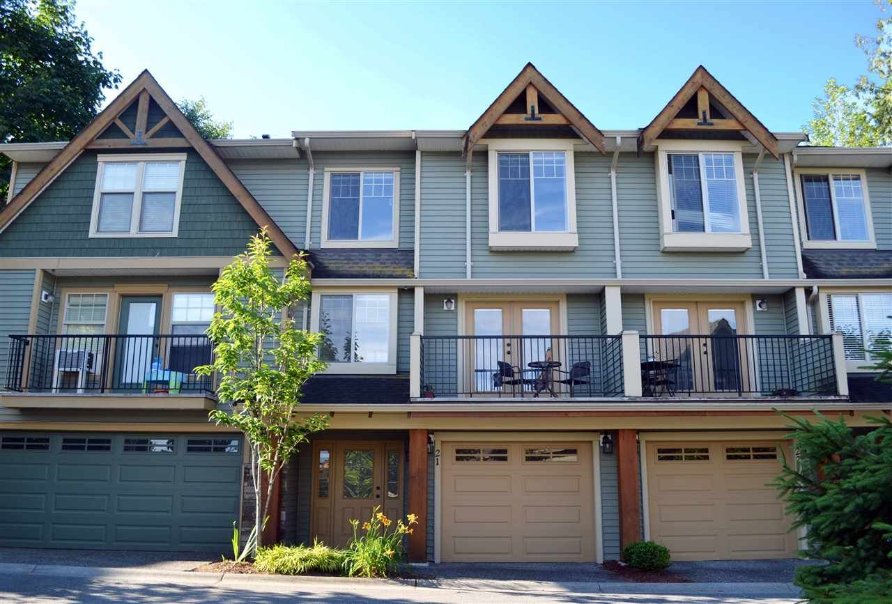 """Main Photo: 21 46840 RUSSELL Road in Sardis: Promontory Townhouse for sale in """"Timber Ridge"""" : MLS®# R2183776"""