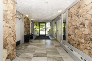 """Photo 22: 304 170 E 3RD Street in North Vancouver: Lower Lonsdale Condo for sale in """"BRISTOL COURT"""" : MLS®# R2480328"""