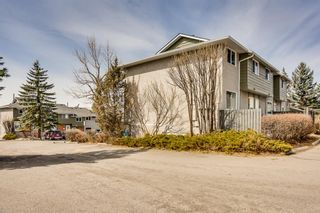 Photo 2: 96 6915 Ranchview Drive NW in Calgary: Ranchlands Row/Townhouse for sale : MLS®# A1090366