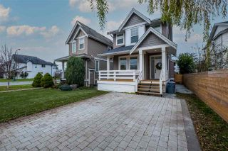 Photo 1: 34711 5TH Avenue in Abbotsford: Poplar House for sale : MLS®# R2521570