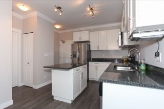 Photo 9: 313 11580 223 STREET in Maple Ridge: West Central Condo for sale : MLS®# R2070801