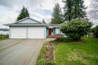 Photo 3: 2160 GODSON Court: House for sale in Abbotsford: MLS®# R2559832