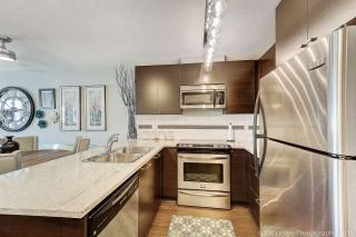 """Photo 2: 410 6500 194 Street in Surrey: Cloverdale BC Condo for sale in """"Sunset Grove"""" (Cloverdale)  : MLS®# R2331688"""
