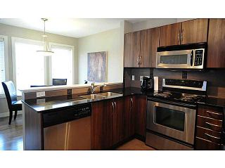 Photo 5: 86 CHAPARRAL RIDGE Park SE in CALGARY: Chaparral Townhouse for sale (Calgary)  : MLS®# C3551699