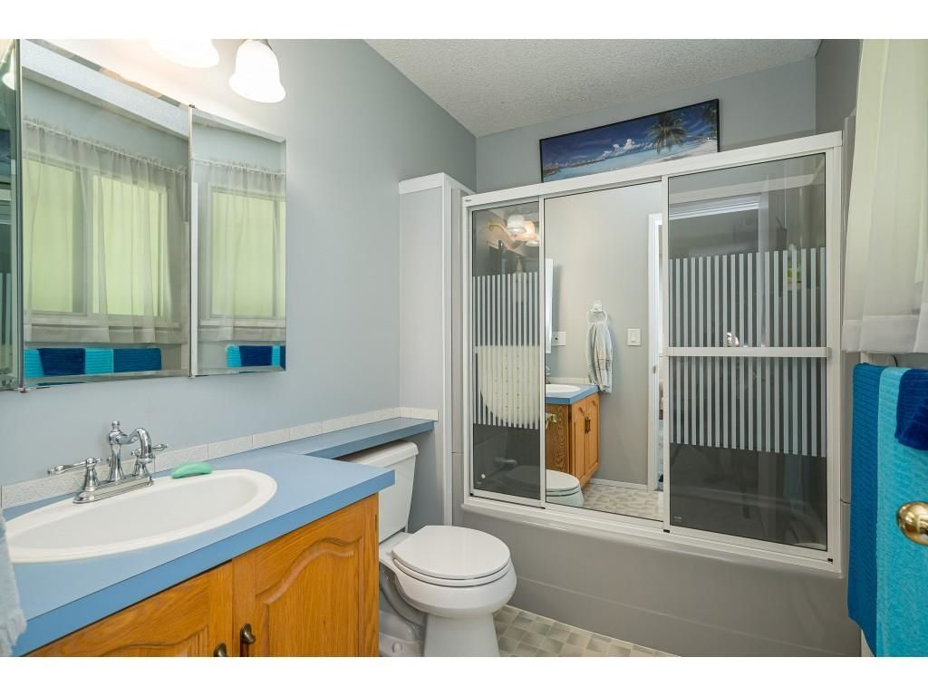 Photo 17: Photos: 26019 58 Avenue in Langley: County Line Glen Valley House for sale : MLS®# R2599684