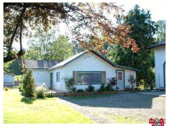 "Main Photo: 4985 BERGMAN Road in YARROW, CHILLIWACK: Yarrow House for sale in ""YARROW"" (Chilliwack)  : MLS®# H1002702"