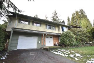 Photo 5: 962 FREDERICK Place in North Vancouver: Lynn Valley House for sale : MLS®# R2541307