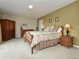 Photo 10: 2324 Evelyn Hts in VICTORIA: VR Hospital House for sale (View Royal)  : MLS®# 713463