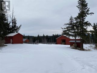 Photo 2: 5664 WEST FRASER ROAD in Quesnel (Zone 28): Agriculture for sale : MLS®# C8037264