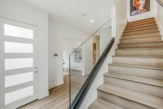 Photo 8: PACIFIC BEACH House for sale : 4 bedrooms : 4056 Haines St in San Diego