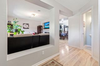 Photo 2: 22 BRIDLECREST Garden SW in Calgary: Bridlewood Detached for sale : MLS®# C4306282