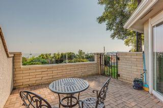 Photo 32: 2320 Esplanade in : OB Estevan Condo for sale (Oak Bay)  : MLS®# 855361