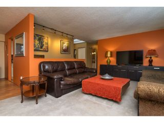 Photo 3: 8403 ARBOUR Place in Delta: Nordel House for sale (N. Delta)  : MLS®# R2138042
