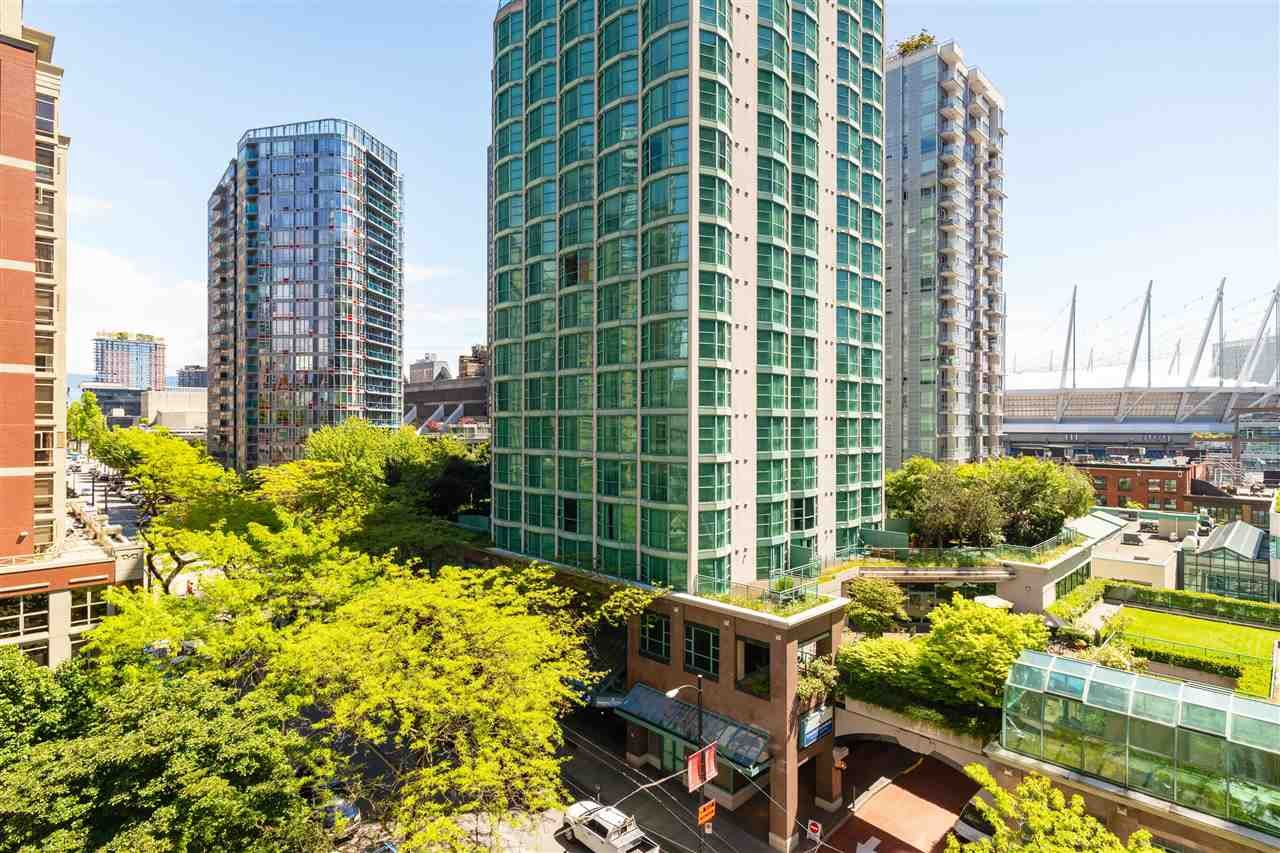 """Photo 10: Photos: 901 867 HAMILTON Street in Vancouver: Downtown VW Condo for sale in """"Jardine's Lookout"""" (Vancouver West)  : MLS®# R2588000"""