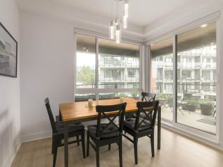 """Photo 9: 408 733 W 3RD Street in North Vancouver: Harbourside Condo for sale in """"THE SHORE"""" : MLS®# R2424919"""