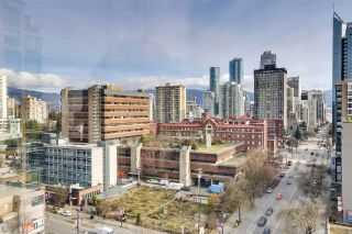 "Photo 12: 1305 1238 BURRARD Street in Vancouver: Downtown VW Condo for sale in ""Alatdena"" (Vancouver West)  : MLS®# R2557932"