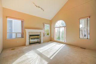 Photo 2: 2881 NASH Drive in Coquitlam: Scott Creek House for sale : MLS®# R2437438