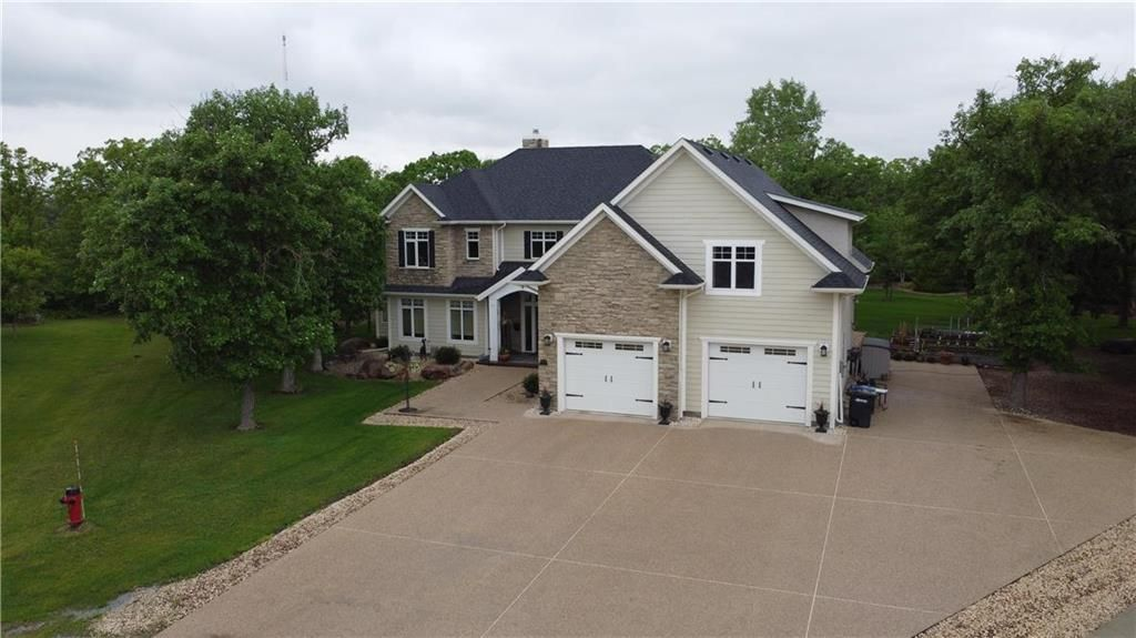 Main Photo: 21 Victory Bay in Grunthal: R16 Residential for sale : MLS®# 202013081