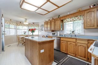 Photo 8: 13678 91 Avenue in Surrey: Bear Creek Green Timbers House for sale : MLS®# R2384528
