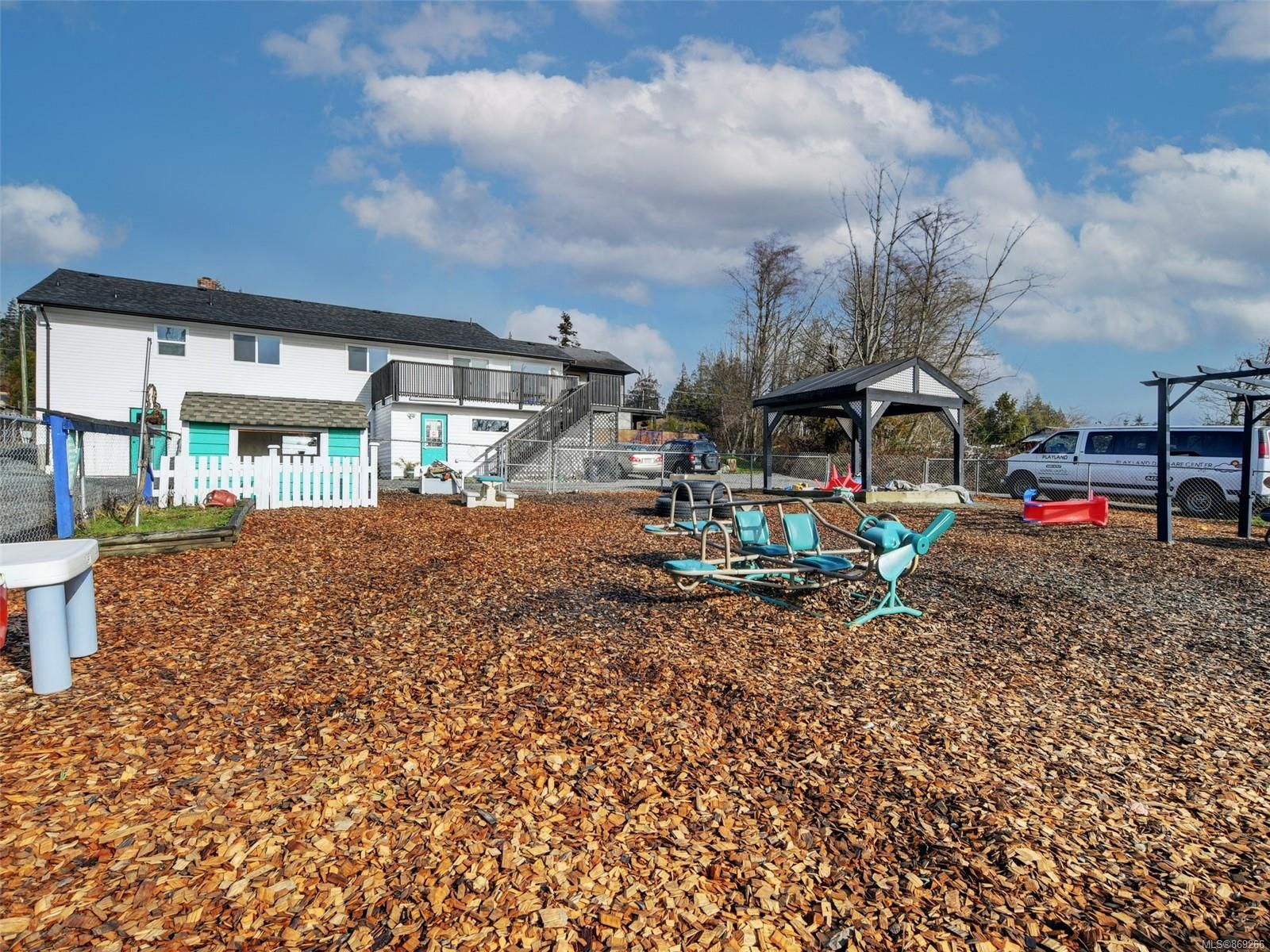 Main Photo: 7081 W Grant Rd in : Sk Sooke Vill Core Mixed Use for sale (Sooke)  : MLS®# 869266