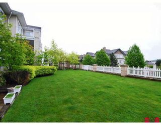 """Photo 10: 119 19750 64TH Avenue in Langley: Willoughby Heights Condo for sale in """"The Davenport"""" : MLS®# F2814814"""