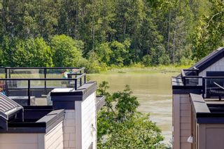 """Photo 3: 29 100 WOOD Street in New Westminster: Queensborough Townhouse for sale in """"RIVER'S WALK"""" : MLS®# R2600121"""