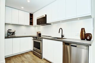 """Photo 13: 101 418 E BROADWAY in Vancouver: Mount Pleasant VE Condo for sale in """"Broadway Crest"""" (Vancouver East)  : MLS®# R2605309"""