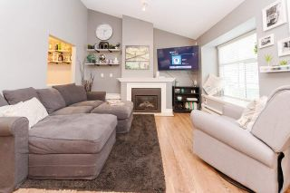 """Photo 3: 72 12099 237 Street in Maple Ridge: East Central Townhouse for sale in """"GABRIOLA"""" : MLS®# R2571842"""