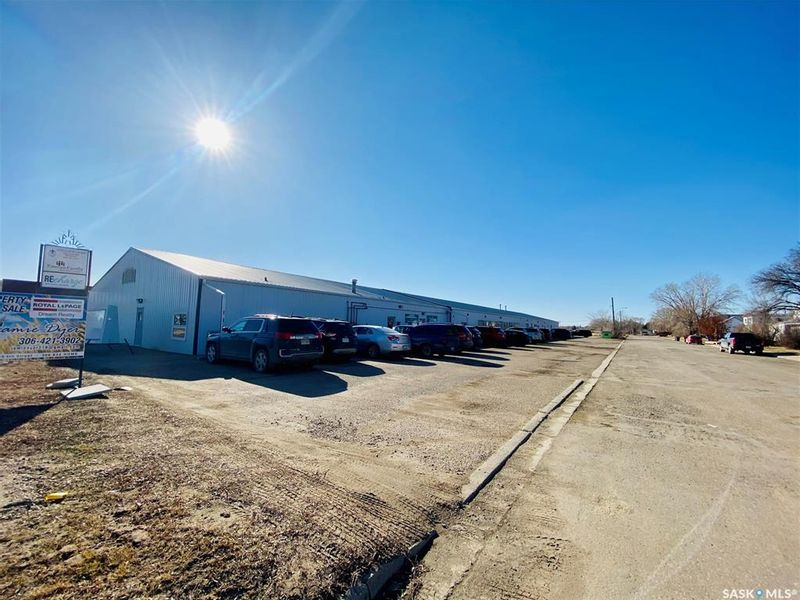FEATURED LISTING: 1302 7th Street Estevan
