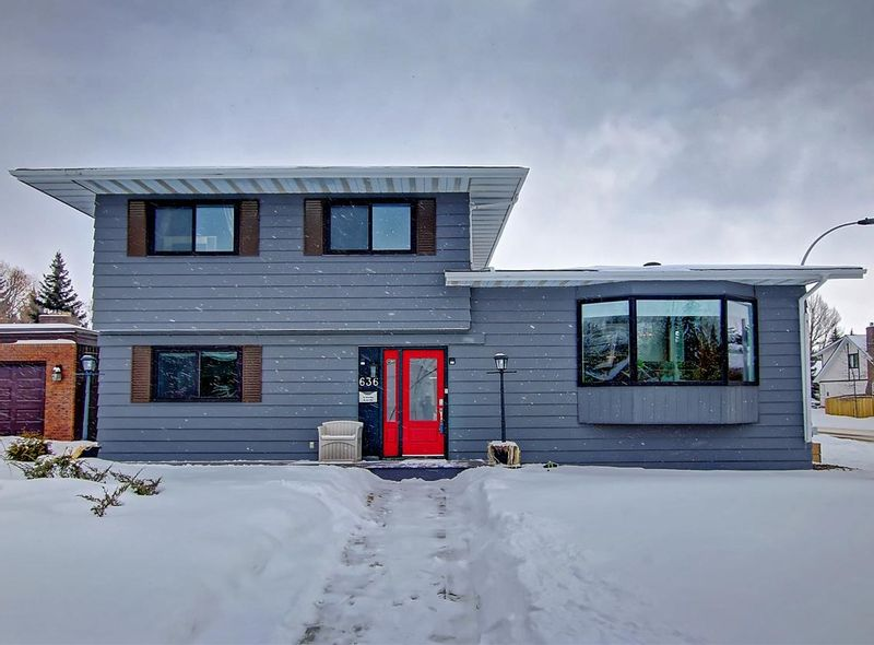 FEATURED LISTING: 636 WOLF WILLOW Road Edmonton