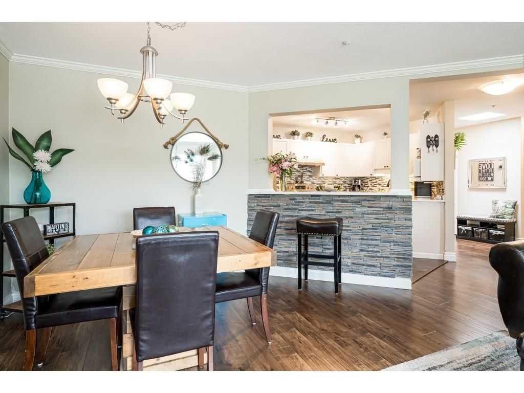 """Photo 10: Photos: 306 5450 208 Street in Langley: Langley City Condo for sale in """"Montgomery Gate"""" : MLS®# R2608181"""