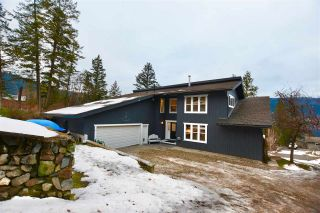 Photo 1: 2124 SOUTH LAKESIDE Drive in Williams Lake: Lakeside Rural House for sale (Williams Lake (Zone 27))  : MLS®# R2523093