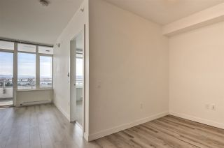 Photo 6: 308 200 NELSON'S CRESCENT in New Westminster: Sapperton Condo for sale : MLS®# R2449730