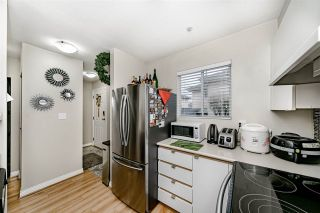 """Photo 8: 205 2211 NO. 4 Road in Richmond: Bridgeport RI Townhouse for sale in """"OAKVIEW"""" : MLS®# R2430895"""