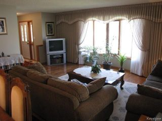 Photo 3: 1286 Leila Avenue in WINNIPEG: Maples / Tyndall Park Residential for sale (North West Winnipeg)  : MLS®# 1420267