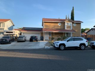 Photo 1: 210 E Avenue R2 in Palmdale: Residential for sale (PLM - Palmdale)  : MLS®# DW21157586