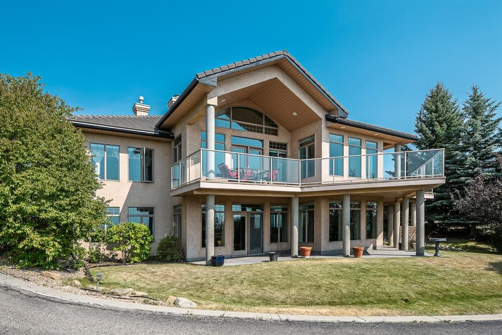 Main Photo: 40 Slopes Grove SW in Calgary: Springbank Hill Detached for sale : MLS®# A1069475