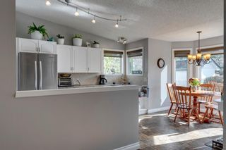 Photo 16: 53 Wood Valley Road SW in Calgary: Woodbine Detached for sale : MLS®# A1111055
