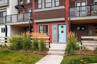 Photo 2: 948 Walden Drive SE in Calgary: Walden Row/Townhouse for sale : MLS®# A1149690