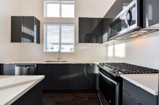 """Photo 15: 425 15137 33 Avenue in Surrey: Morgan Creek Condo for sale in """"Harvard Gardens/Prescott Commons"""" (South Surrey White Rock)  : MLS®# R2535624"""