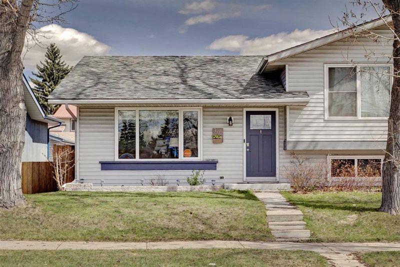 FEATURED LISTING: 396 Midridge Drive Southeast Calgary