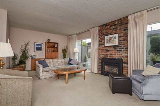 """Photo 3: 104 3180 E 58TH Avenue in Vancouver: Champlain Heights Townhouse for sale in """"HIGHGATE"""" (Vancouver East)  : MLS®# R2405144"""