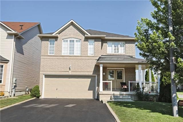Main Photo: 86 Babcock Crest in Milton: Dempsey House (2-Storey) for sale : MLS®# W3272427