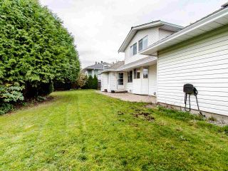 Photo 19: 15676 94A Avenue in Surrey: Fleetwood Tynehead House for sale : MLS®# R2416353
