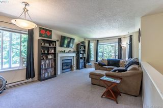 Photo 4: 3285 Fulton Rd in VICTORIA: Co Triangle House for sale (Colwood)  : MLS®# 805259