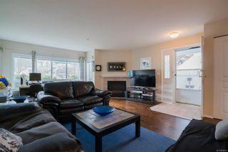 Photo 5: 6048 N Cedar Grove Dr in : Na North Nanaimo Row/Townhouse for sale (Nanaimo)  : MLS®# 868829